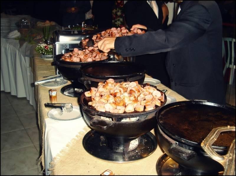 Buffets a Domicílio com Churrasco na Santa Cecília - Buffet de Churrasco a Domicílio Completo